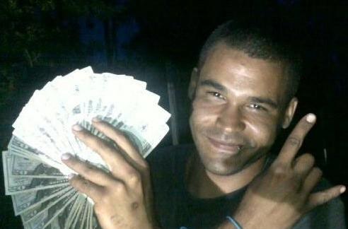 kieffer delp with money