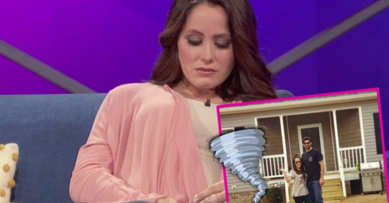 Jenelle Evans' Home Is Being Destroyed!